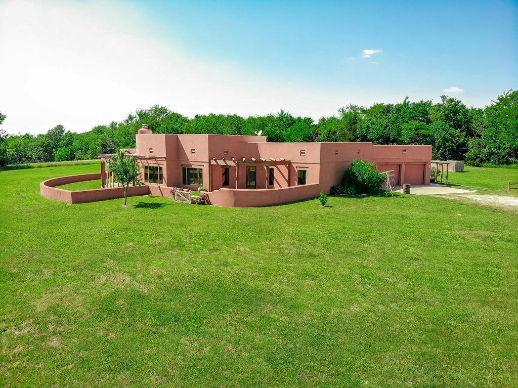 2127 195th Street Property Photo - Fort Scott, KS real estate listing