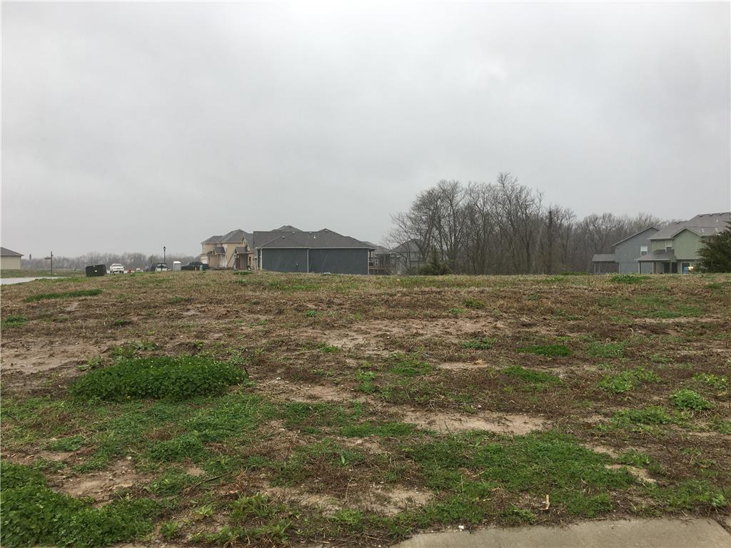 4970 NW Linder Lane Property Photo - Kansas City, MO real estate listing