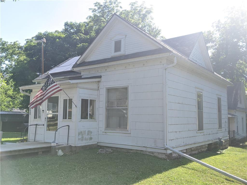 1003 9th Street Property Photo - Baldwin City, KS real estate listing