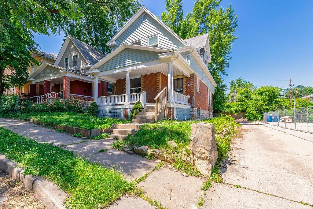 110 Brooklyn Avenue Property Photo - Kansas City, MO real estate listing