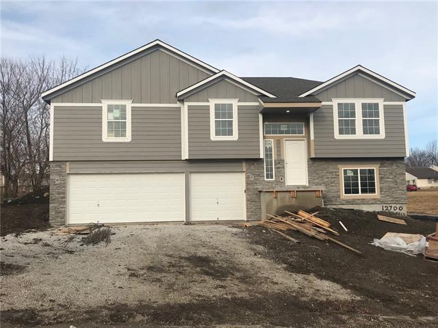 12700 Belmead Avenue Property Photo - Grandview, MO real estate listing