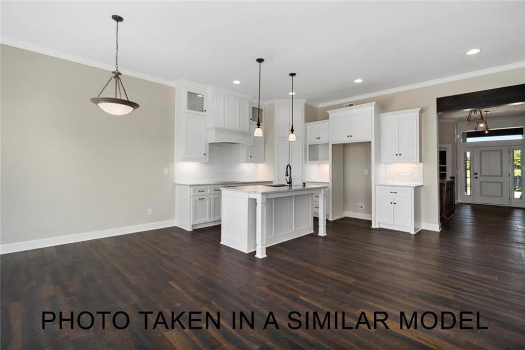 11619 S Deer Run Street Property Photo - Olathe, KS real estate listing