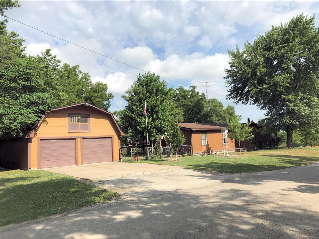 433 NW Maple Street Property Photo - Melvern, KS real estate listing