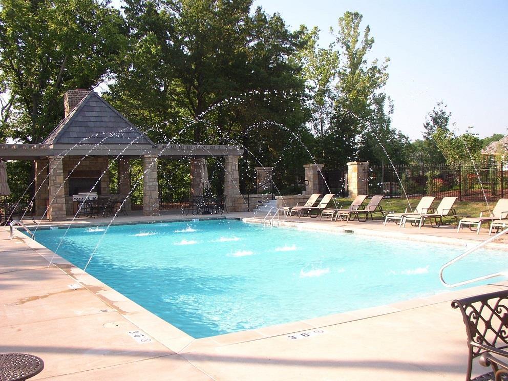 8539 N McKinley Avenue Property Photo - Kansas City, MO real estate listing