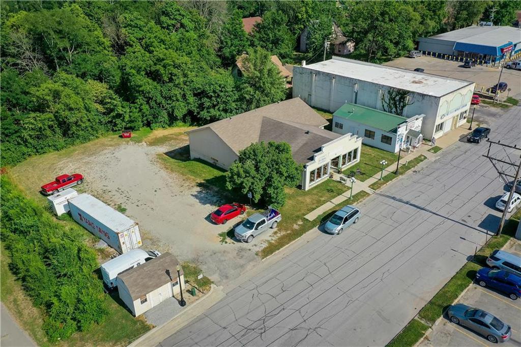 N 205 East Street Property Photo 4