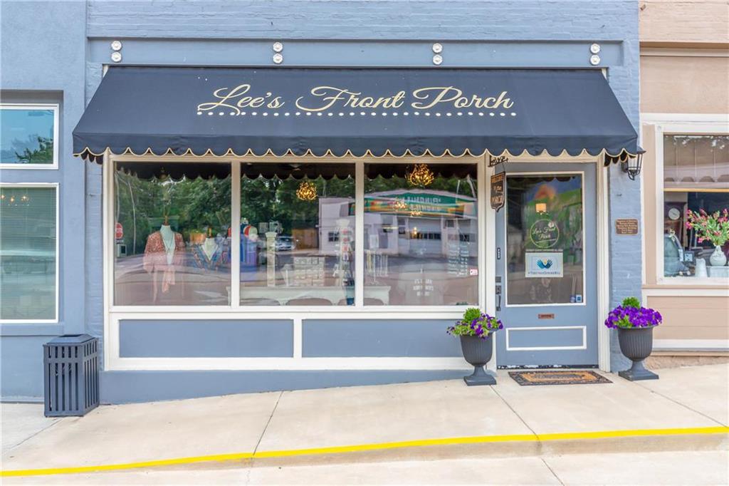102-04 Main Street Property Photo - Spring Hill, KS real estate listing