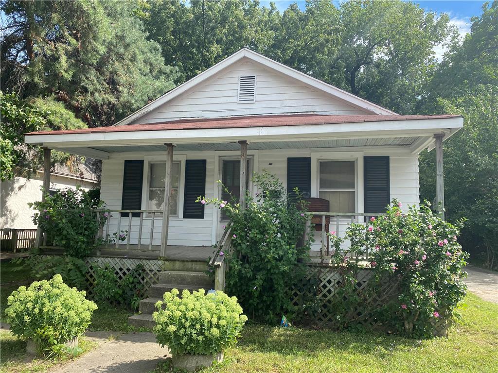 1035 Calvin Avenue Property Photo - Kansas City, KS real estate listing