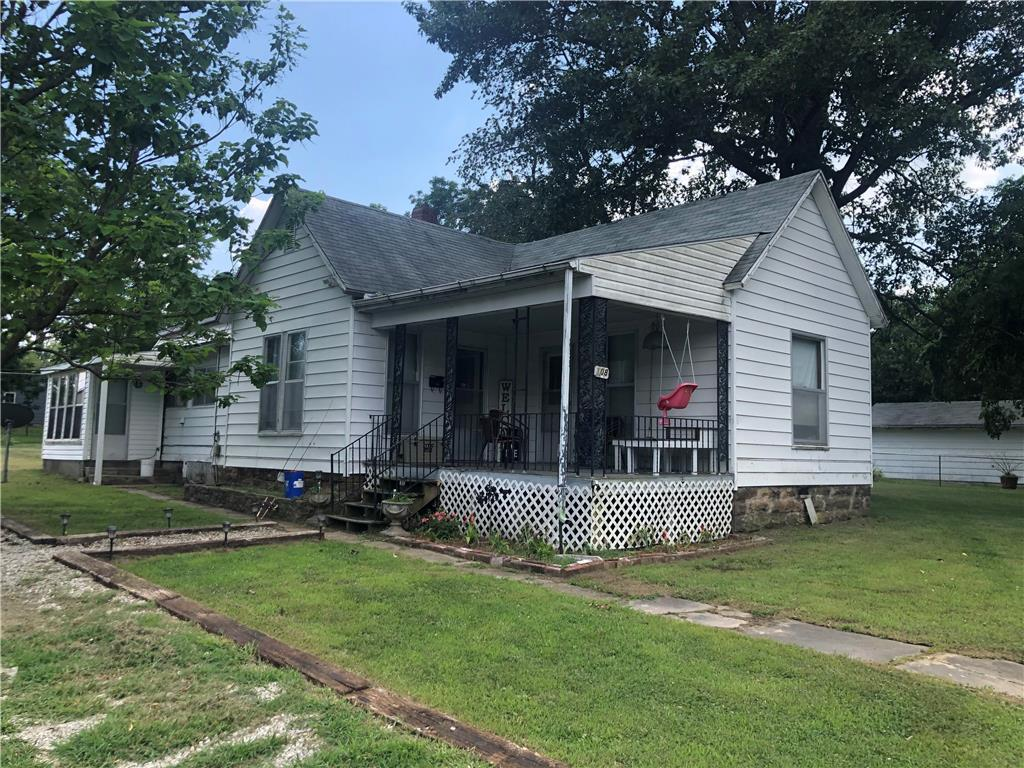 108 McCrary Street Property Photo - El Dorado Springs, MO real estate listing