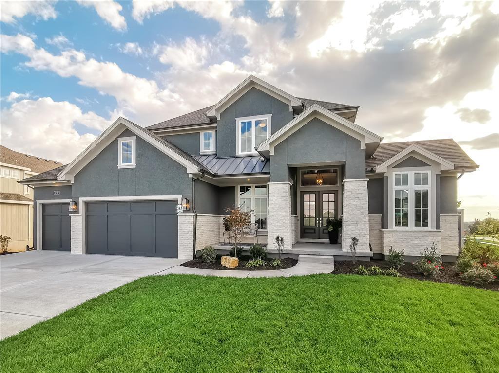10405 W 174th Street Property Photo - Overland Park, KS real estate listing