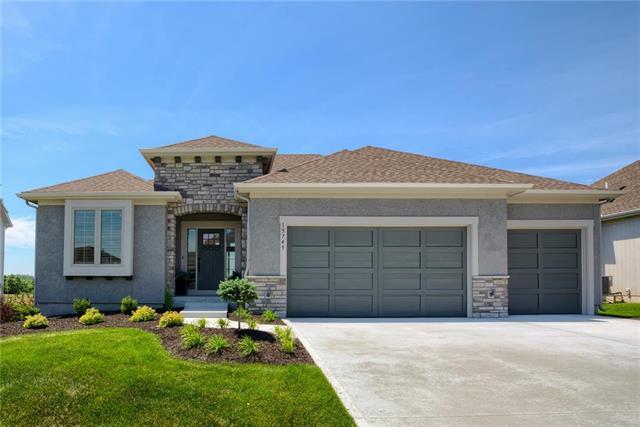 15698 W 165th Street Property Photo - Olathe, KS real estate listing