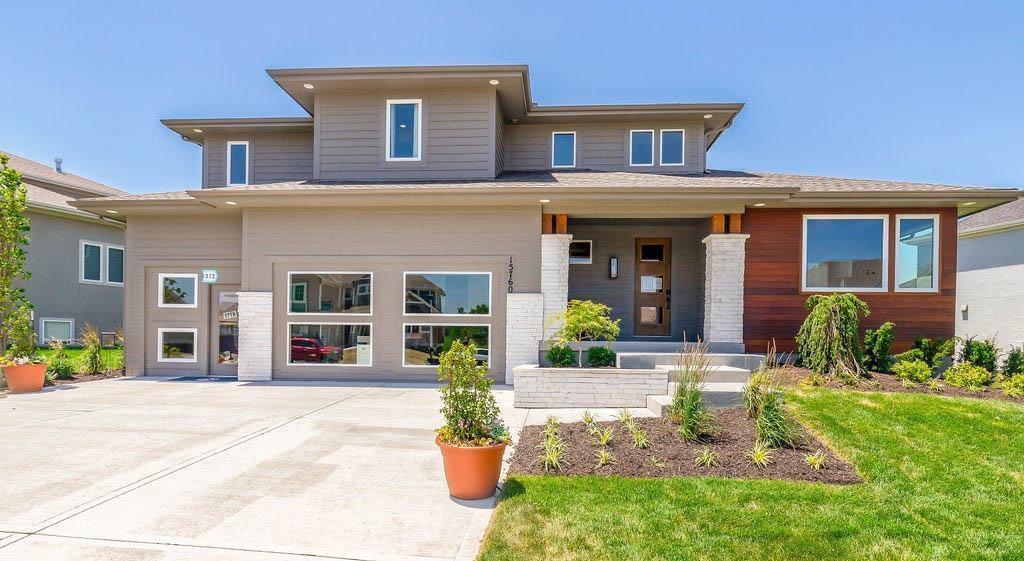20594 W 110th Street Property Photo - Olathe, KS real estate listing