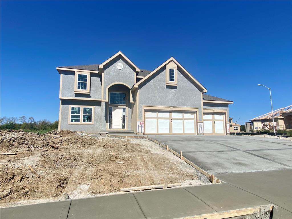 9750 N Elm Avenue Property Photo - Kansas City, MO real estate listing