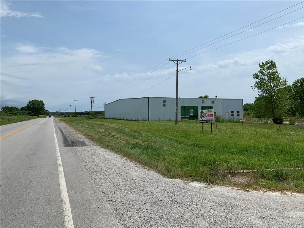 542 Ne Hwy 52 Highway Property Photo