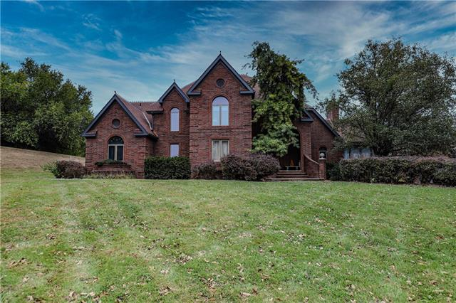 8121 S Hardsaw Road Property Photo - Oak Grove, MO real estate listing