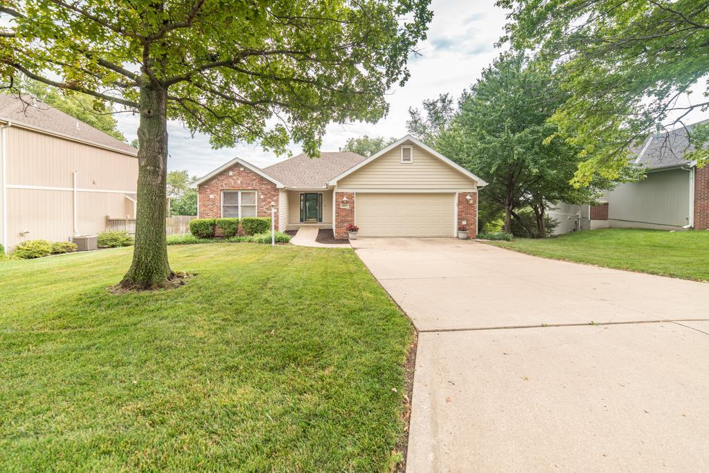 2237 Rodeo Drive Property Photo - Lawrence, KS real estate listing