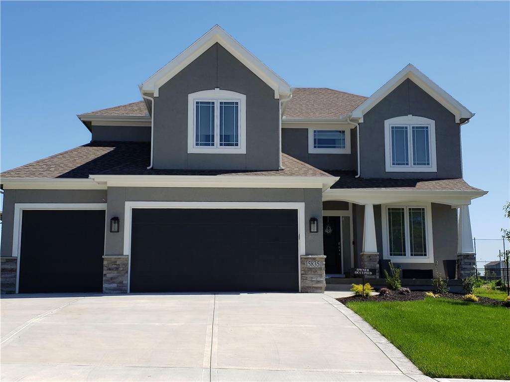 15220 W 171st Place Property Photo - Olathe, KS real estate listing