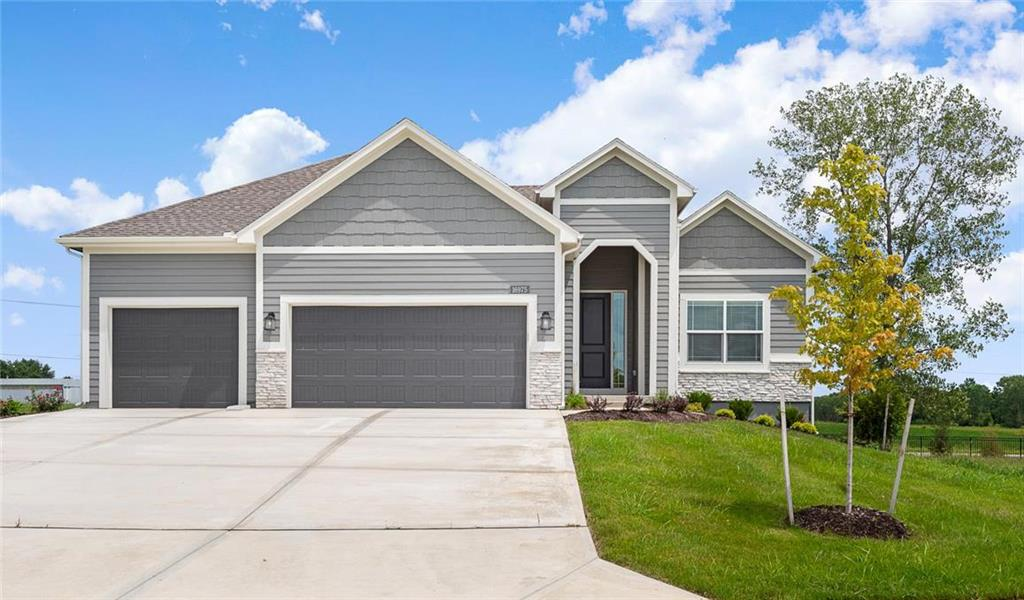 16975 S Hunter Street Property Photo - Olathe, KS real estate listing