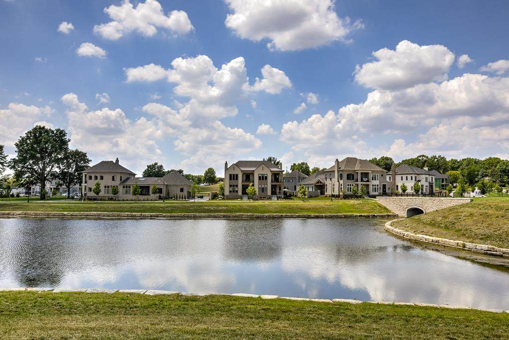 9345 Cedar Reserve Drive Property Photo - Prairie Village, KS real estate listing