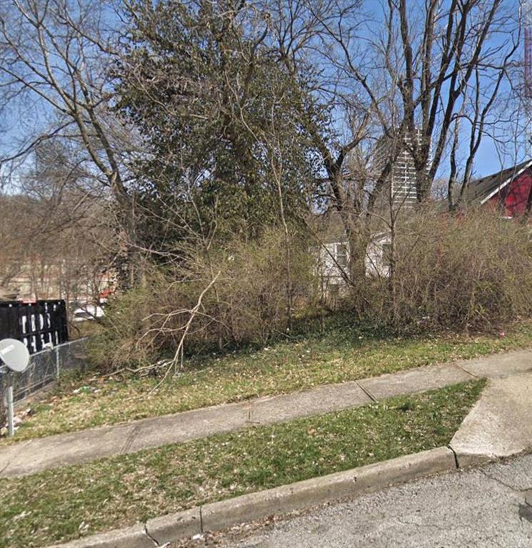 2939 Jarboe Street Property Photo - Kansas City, MO real estate listing