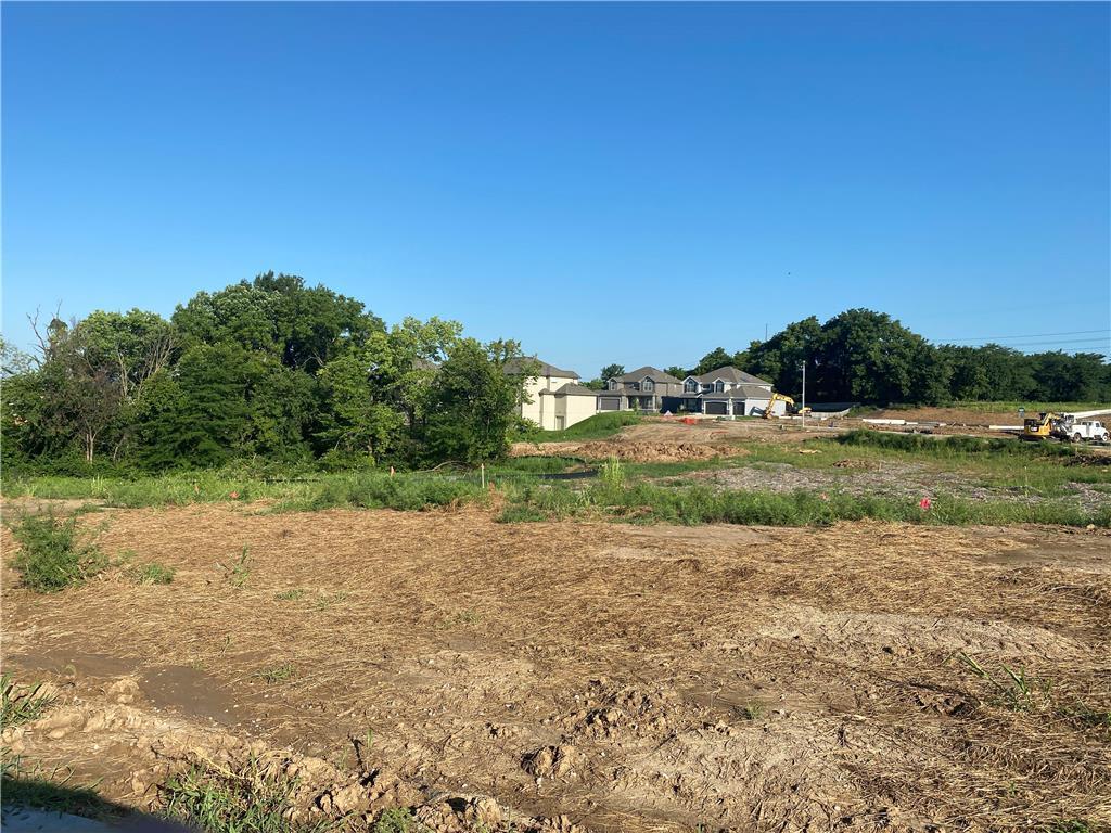 8724 N CYPRESS Court Property Photo - Kansas City, MO real estate listing