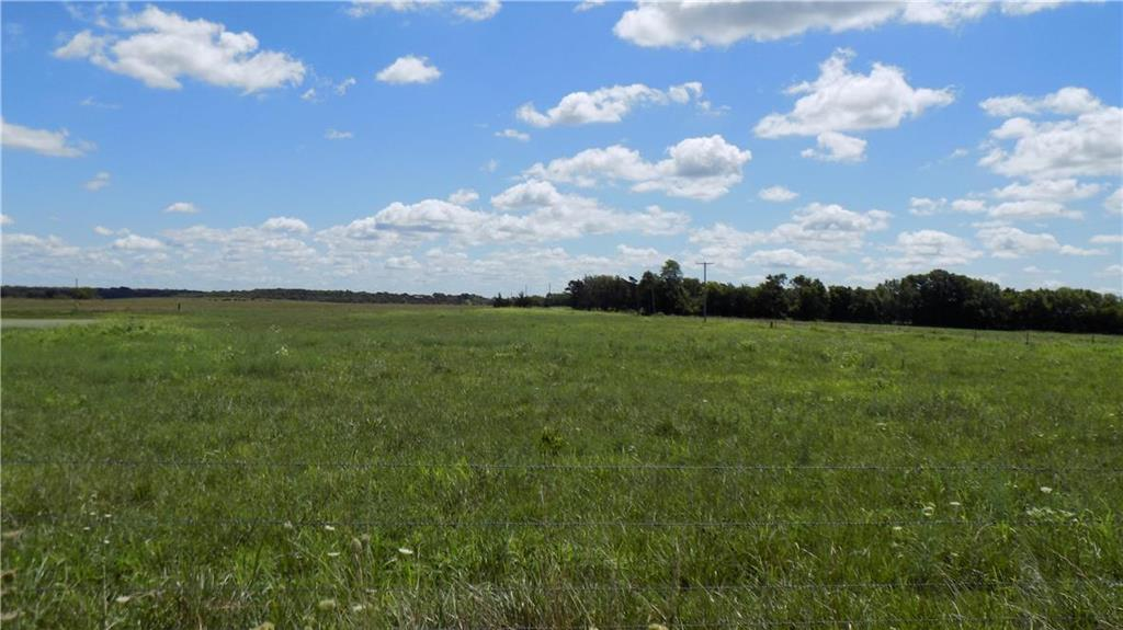 Kentucky Road Property Photo - Garnett, KS real estate listing