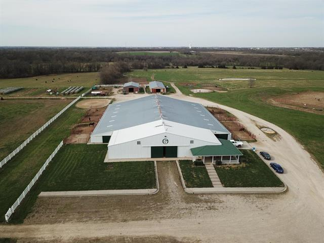 22299 Sacajawea Road Property Photo - Sedalia, MO real estate listing