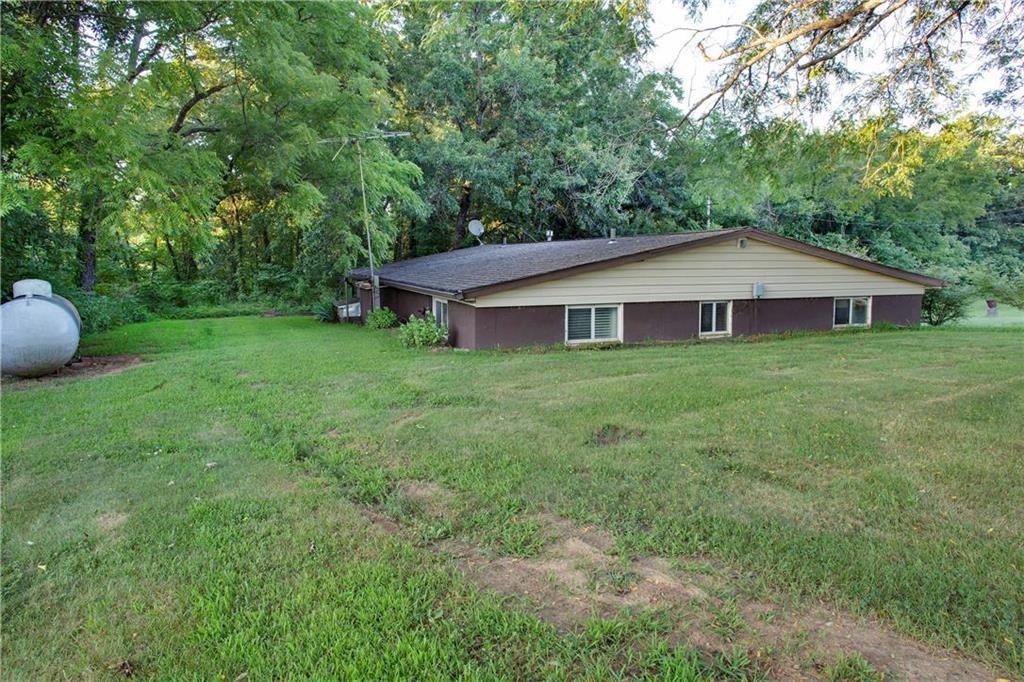 73 Ne 500th Road Property Photo 22