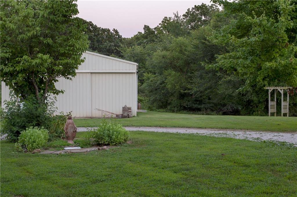 73 Ne 500th Road Property Photo 37