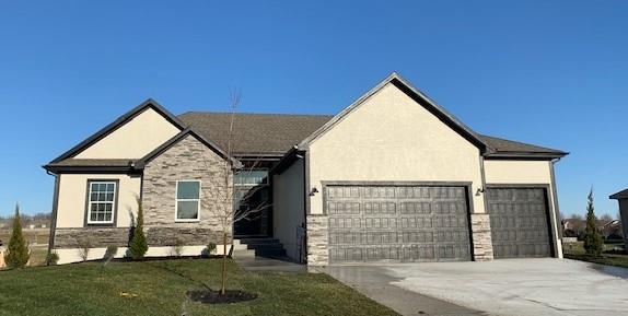 1805 NE Pallisade Court Property Photo - Blue Springs, MO real estate listing
