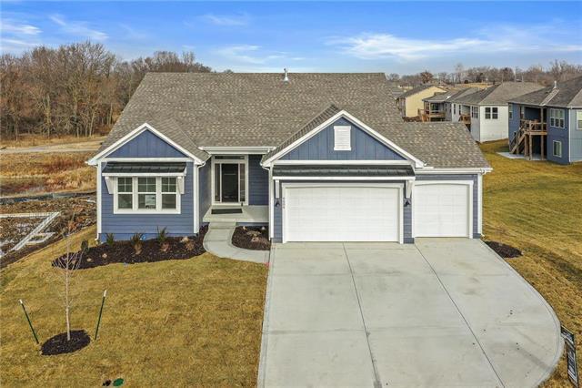 6604 NW 106th Street Property Photo - Kansas City, MO real estate listing