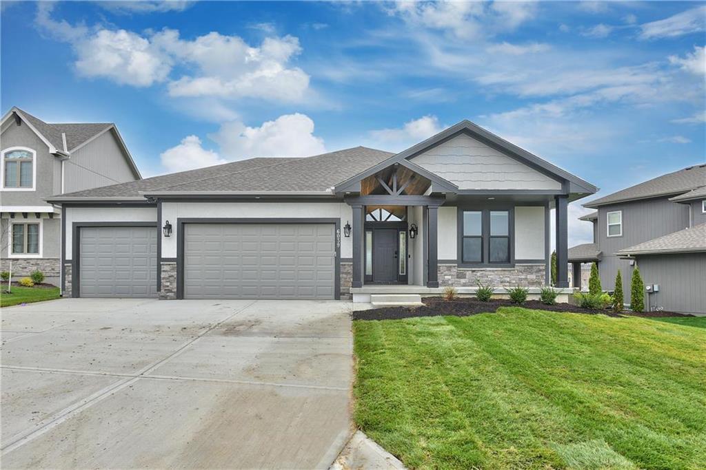 5922 Marion Street Property Photo - Shawnee, KS real estate listing