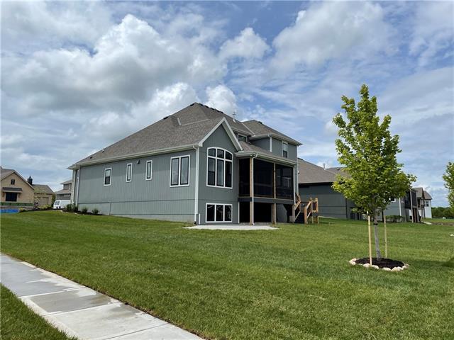 16805 Westgate Street Property Photo - Overland Park, KS real estate listing
