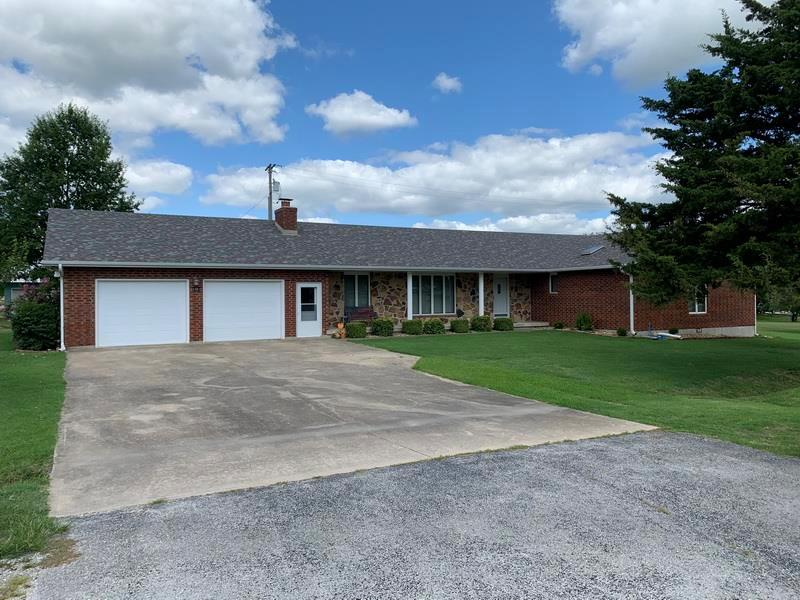 1301 W Blair Drive Property Photo - Stockton, MO real estate listing