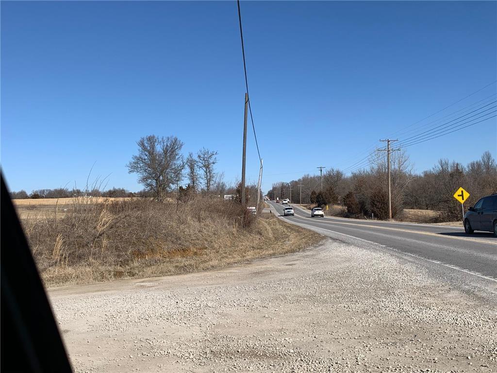 Xx Nw 13 Highway Property Photo