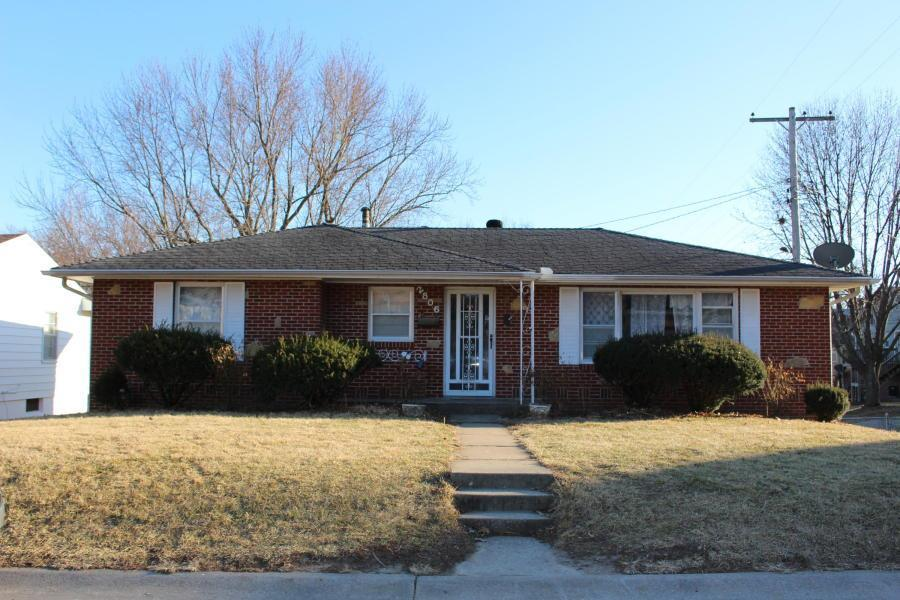 2806 Clay Street Property Photo - St Joseph, MO real estate listing