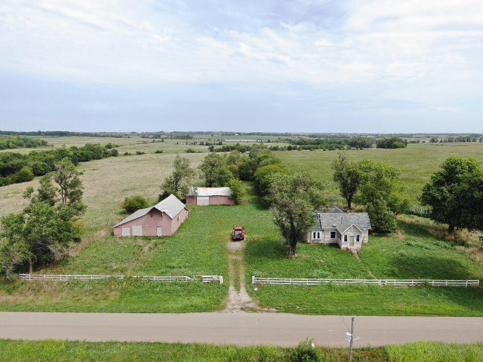 189 Yellowstone Road Property Photo - Bronson, KS real estate listing