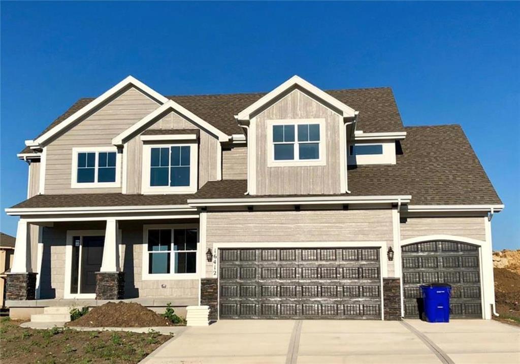 6811 Belmont Drive Property Photo - Shawnee, KS real estate listing