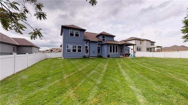 513 Ne Legacy View Drive Property Photo 31