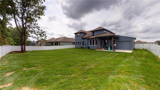 513 Ne Legacy View Drive Property Photo 32