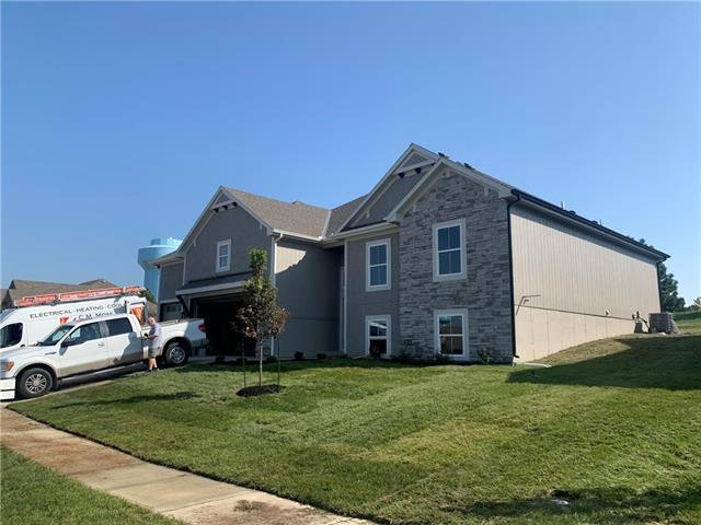 2700 SE 8th Terrace Property Photo - Blue Springs, MO real estate listing