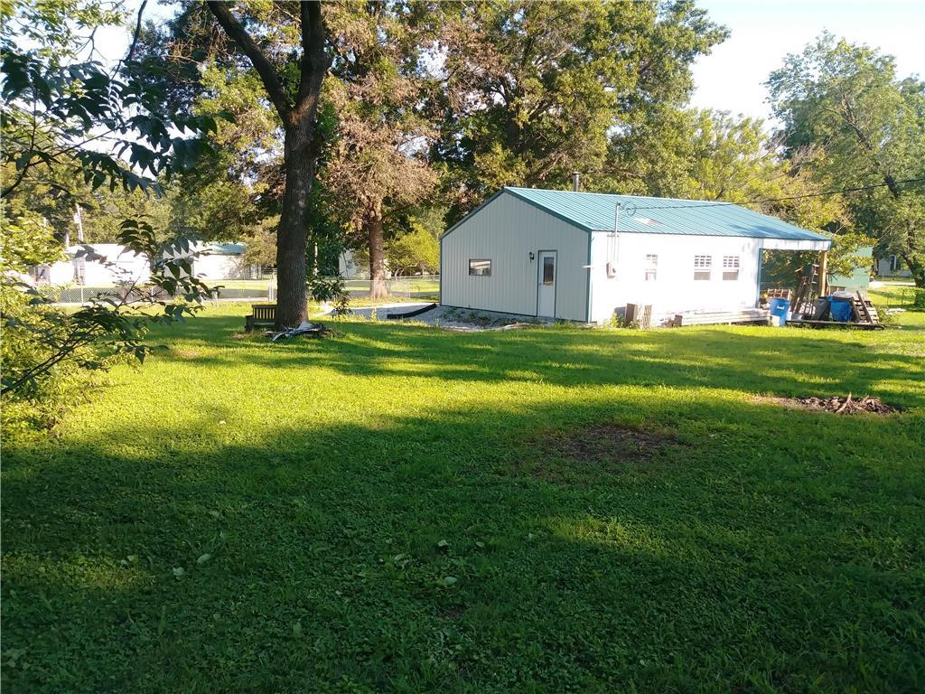 307 S 5th Street Property Photo - Deepwater, MO real estate listing