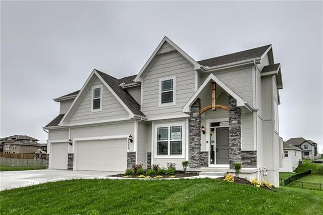 8006 NE 102nd Street Property Photo - Kansas City, MO real estate listing