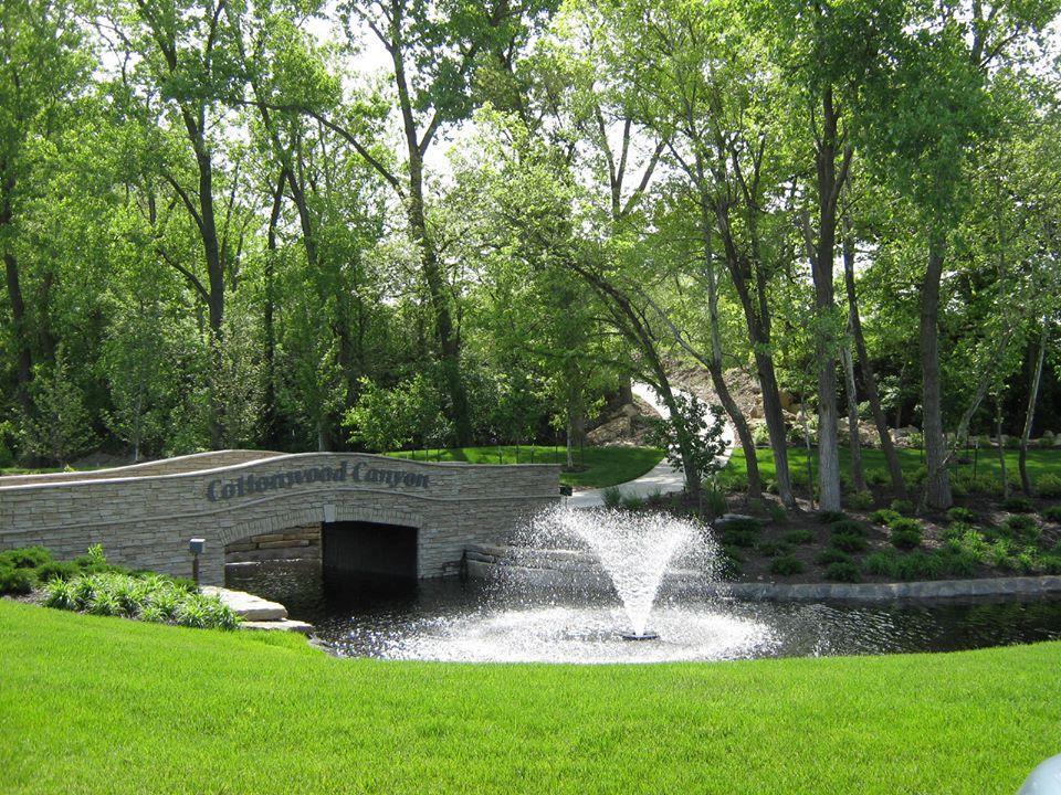 9354 Cottonwood Canyon Drive Property Photo - Lenexa, KS real estate listing