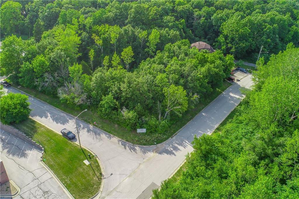 2830 Glenrose Lane Property Photo - Kansas City, KS real estate listing