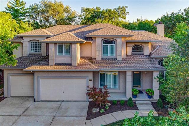 8444 Pflumm Circle Property Photo - Lenexa, KS real estate listing