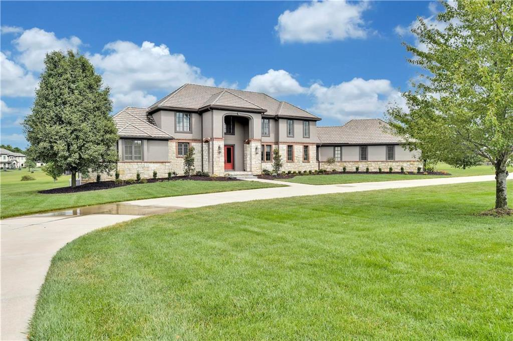 6694 W 188th Street Property Photo - Stilwell, KS real estate listing