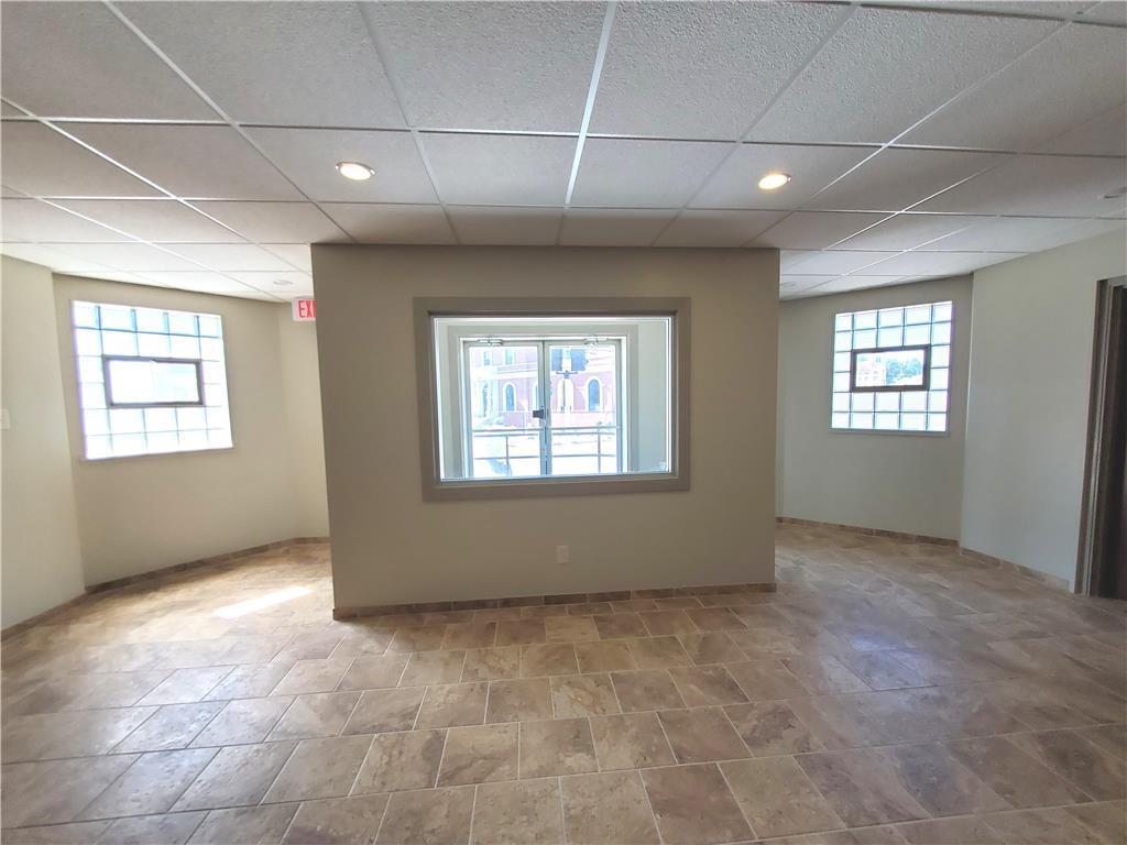 902 Edmond Street Property Photo 9