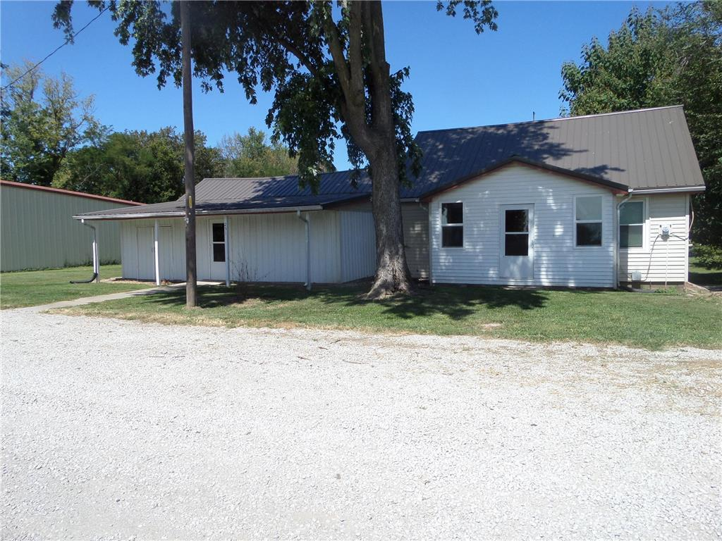 251 W Highway 24 Highway Property Photo - Dover, MO real estate listing