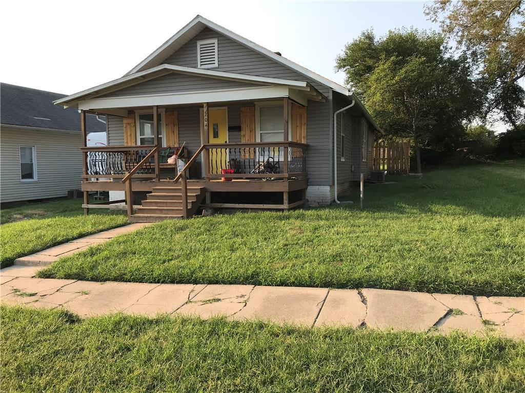 204 W 20th Street Property Photo - Higginsville, MO real estate listing
