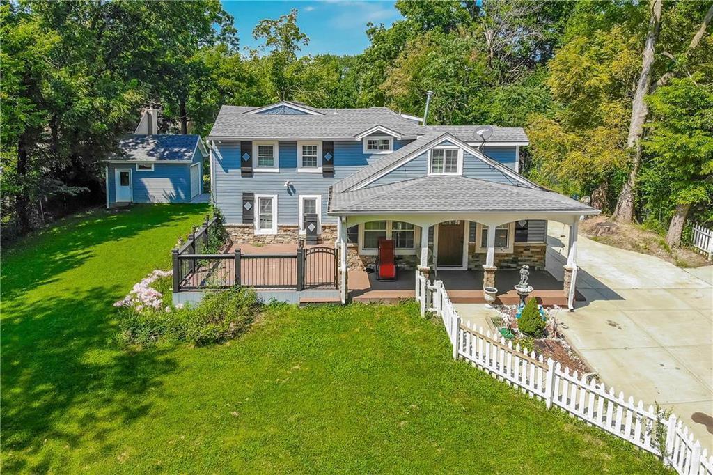 9012 W 49 Street Property Photo